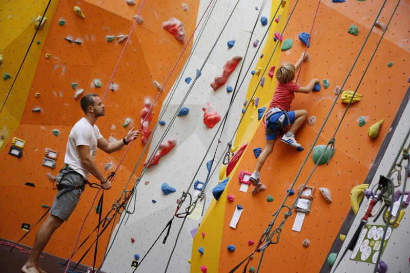 Lezení rodičů s dětmi 8.4.2017, sobota, 15-16.30 hod